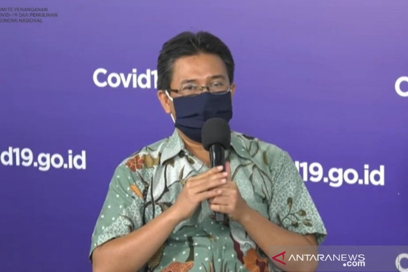 Dokter paru mengimbau warga beraktivitas di rumah saat kasus COVID-19 naik