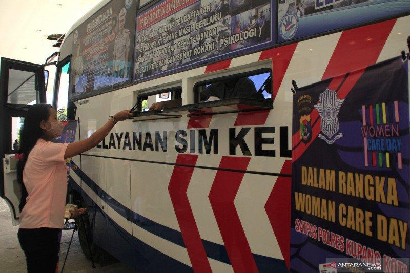 Polres Kupang buka layanan perpanjangan SIM khusus kaum perempuan