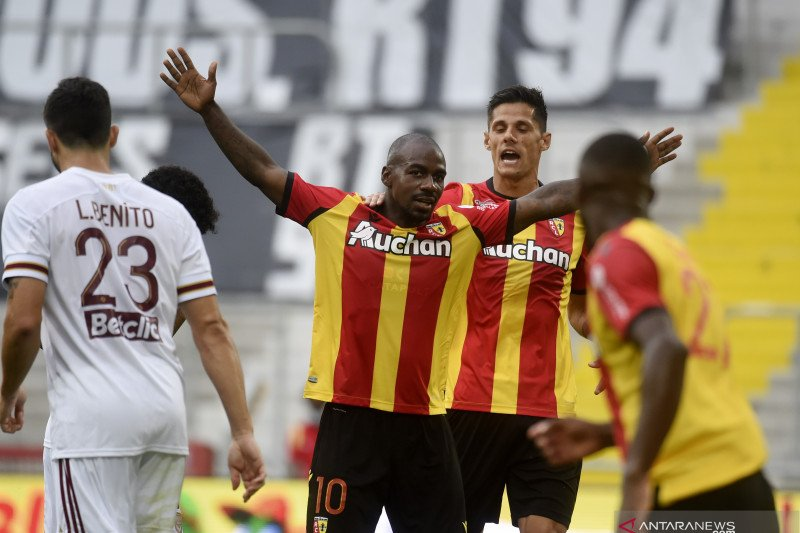 Bordeaux menyerah di tangan tim promosi Lens 1-2