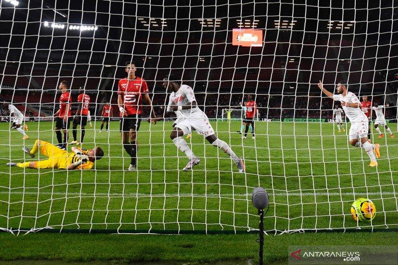 Rennes kalahkan Monaco