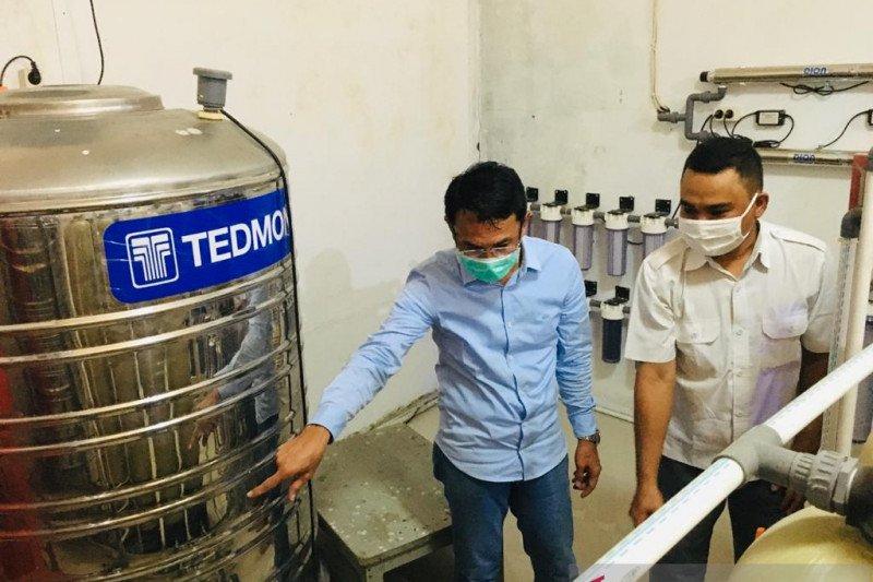 Pemkab Sigi  bantu pengembangan air minum dalam kemasan Sigita