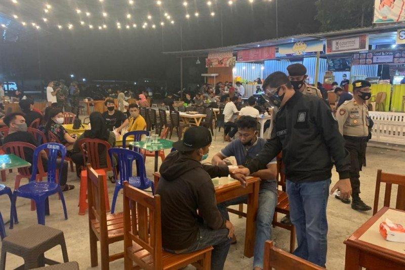 Operasi yustisi di Bone sasar pengunjung kafe dan pengguna jalan