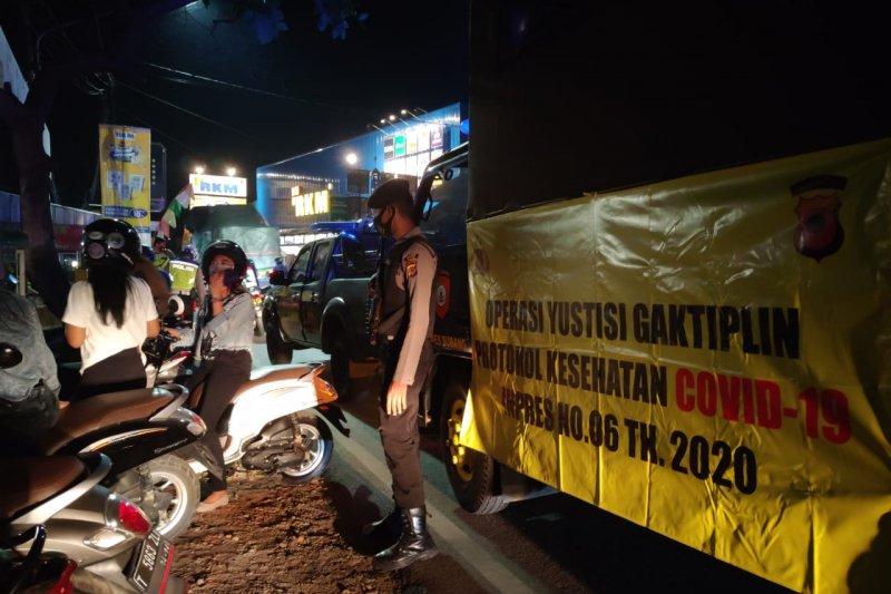 Polres Subang optimalkan patroli rutin antisipasi penyebaran COVID-19