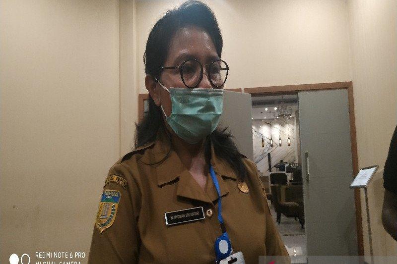 Nakes test usap COVID-19 pelayanan kesehatan di Puskesmas Kwano ditutup