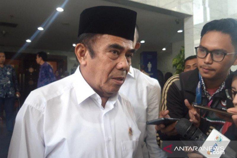 Menag Fachrul Razi positif COVID-19 dan jalani isolasi di rumah sakit