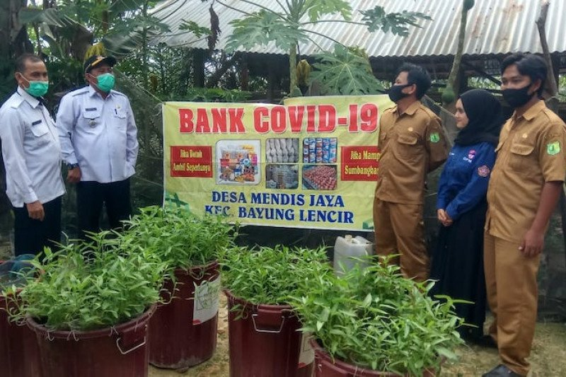 Warga Desa Musi Banyuasin swadaya dirikan Bank COVID-19