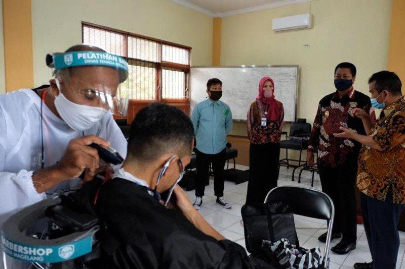 Wali Kota Magelang dorong peserta pelatihan BLK tekun berwirausaha