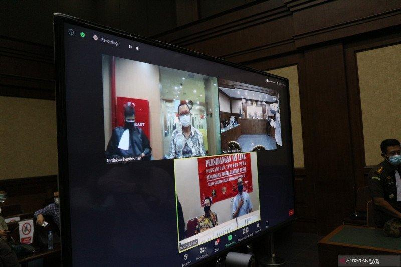 Mantan Direktur Keuangan Jiwasraya  Hary Prasetyo dituntut penjara seumur hidup