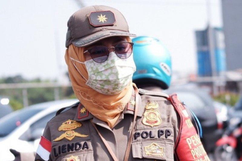 Satpol PP Depok jaring ribuan pelanggar pembatasan aktivitas usaha dan warga