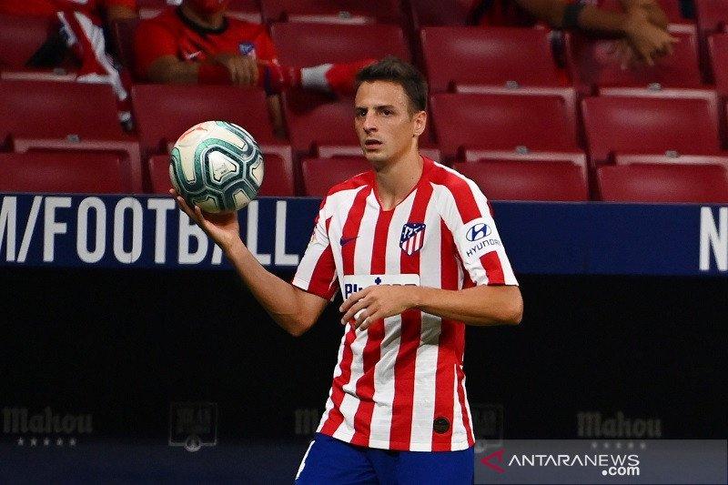 Bayer Leverkusen meminjam Santiago Arias dari Atletico Madrid