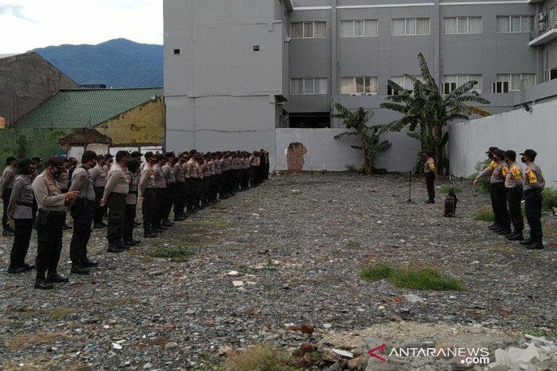 Polisi kawal ketat pelaksanaan pengundian nomor urut peserta Pilkada Palu