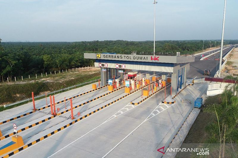 Jokowi to inaugurate Pekanbaru-Dumai toll road on Friday virtually
