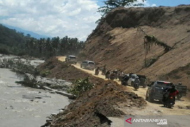 Camat Kulawi: Jalur Palu-Kulawi rawan banjir dan longsor