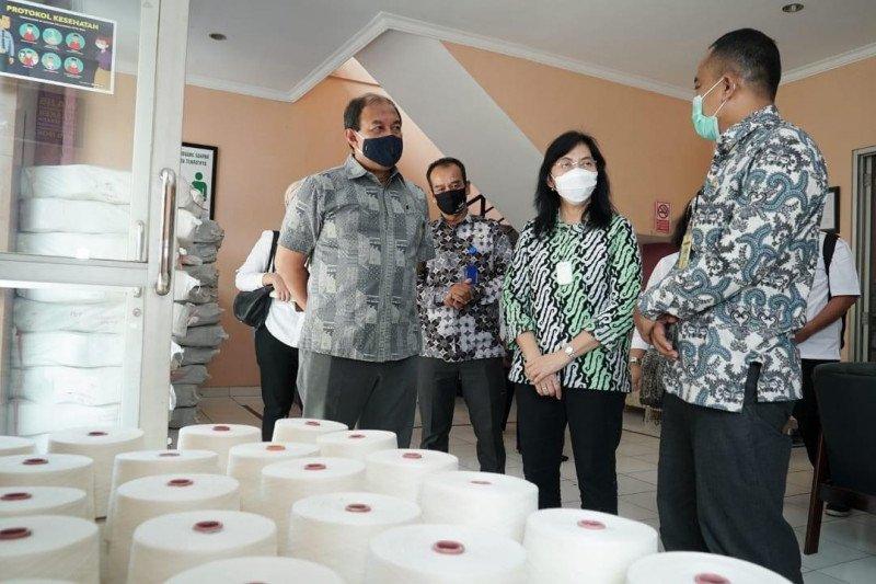 Pacu produktivitas, Kemenperin bantu mesin UPT Tekstil di Majalaya