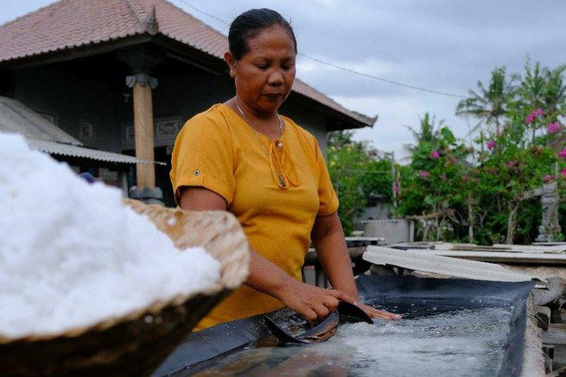 PT Pertamina MOR V jadikan garam tradisional Kusamba tujuan wisata alternatif