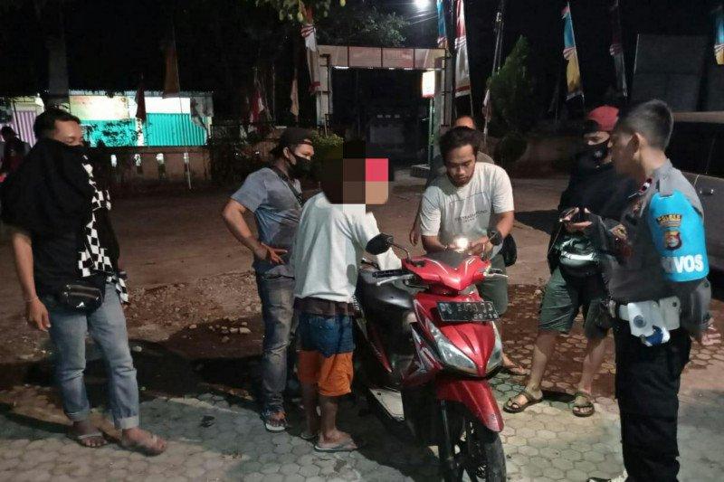 Pria di Loteng diringkus saat pulang beli narkoba