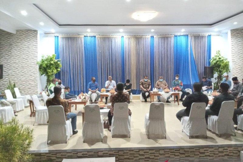 Kota Baubau ikuti petunjuk pusat dalam penanganan COVID-19