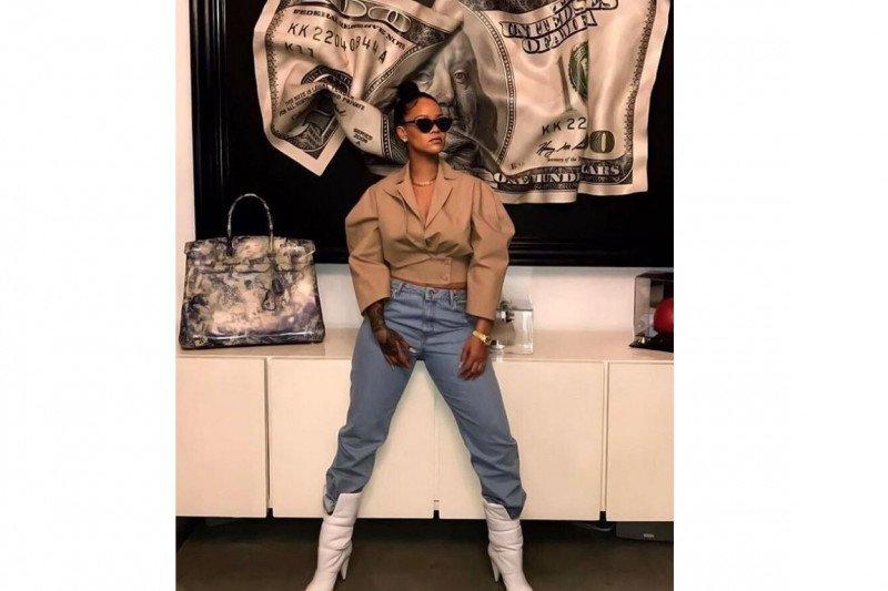 Rihanna akan rilis lini pakaian khusus pria
