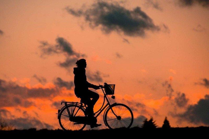 Ini tips aman bersepeda untuk penderita sakit jantung