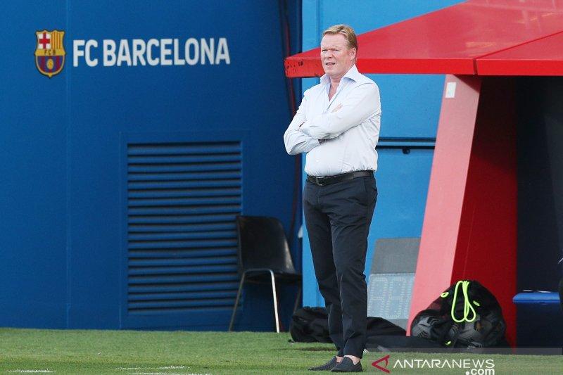 Koeman ogah disalahkan atas kepergian Luis Suarez dari Barca