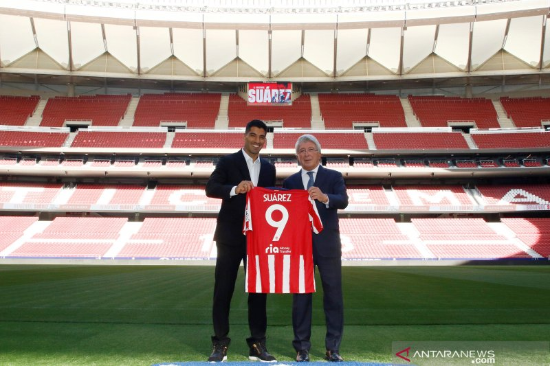 Luis Suarez teken kontrak dua tahun bersama Atletico Madrid
