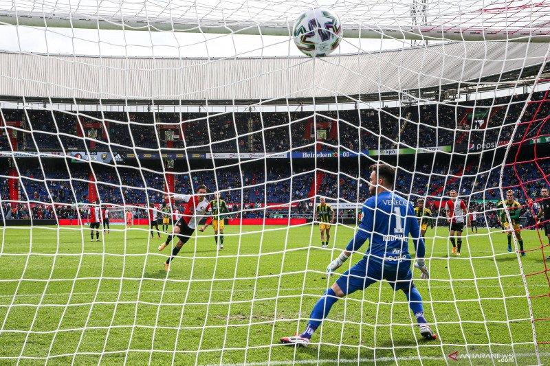 Feyenoord membekuk ADO den Haag 4-2