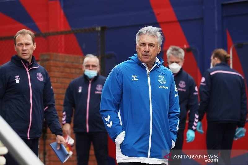 Everton sempurna di awal musim, Carlo Ancelotti puji semangat timnya