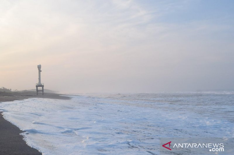 BPBD Cianjur sulit deteksi dini tsunami di pantai selatan karena alat rusak