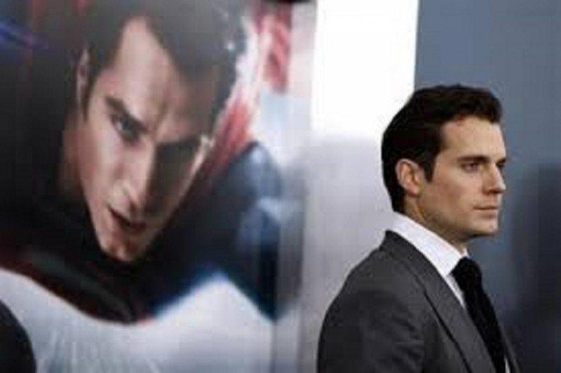 "Henry Cavill sebut ingin perankan karakter ""James Bond"""