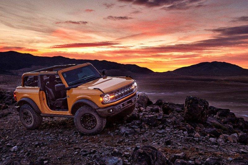 Ford produksi mobil offroad Bronco manual 7-percepatan