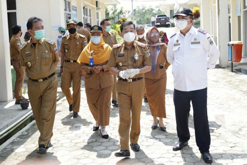 Pjs Bupati Pesisir Barat imbau OPD tidak segan untuk koordinasi pekerjaan