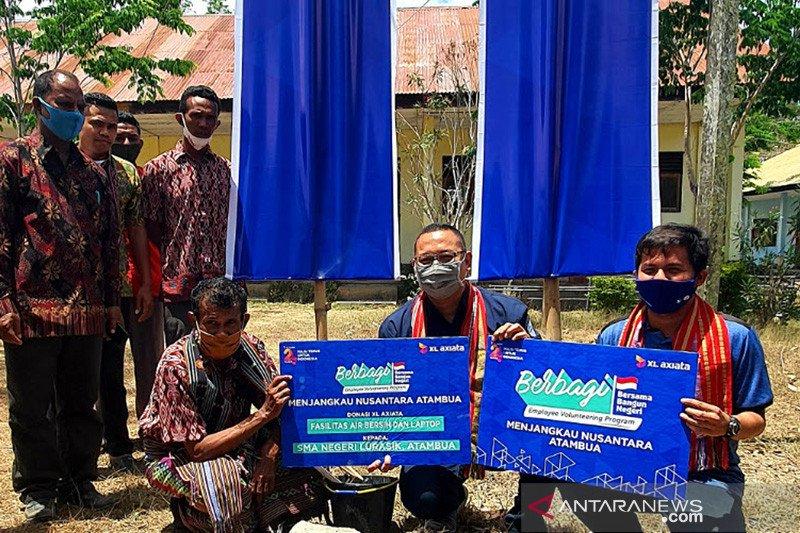 XL Axiata salurkan donasi bagi sekolah di perbatasan RI-TImor Leste