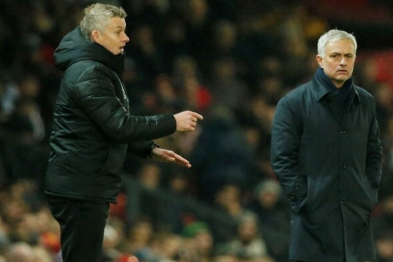 Mourinho dan Solskjaer perang urat syaraf jelang MU vs Tottenham
