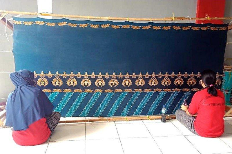 Kalapas dan Karutan se-Kalteng tertarik batik olahan warga binaan
