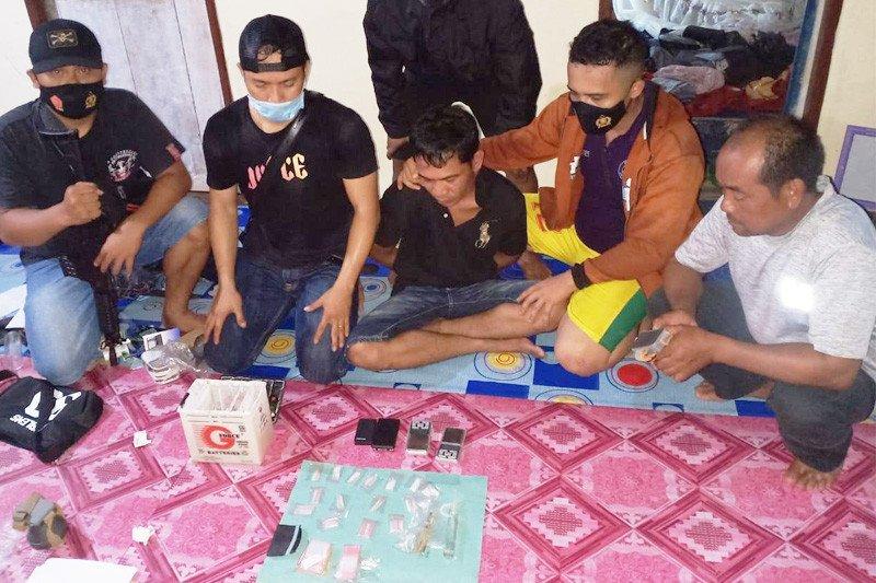 Polisi amankan pengedar sabu di Desa Damparan Barsel
