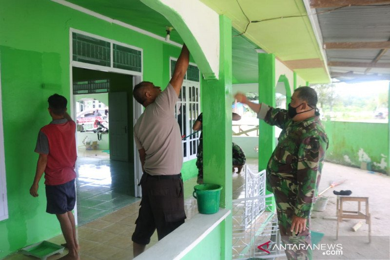 Satgas TMMD perbaiki Gereja dan Mesjid di Tarakan
