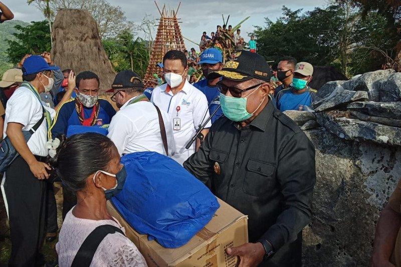 Bank NTT bantu Rp100 juta warga kampung adat alami kebakaran di SBD