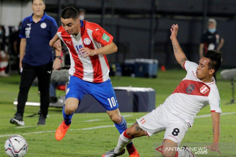 Dua pemain Peru terinfeksi COVID-19 jelang laga kontra Brazil
