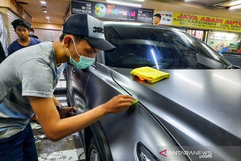 Coating khusus untuk mobil dengan wrapping sticker