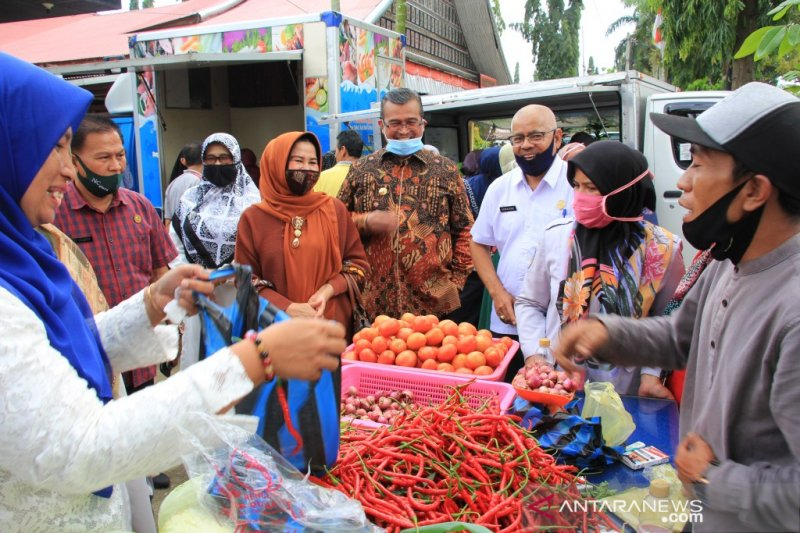 Pemkab Solok gelar pasar murah sambut hari Raya Idul Adha 1441 Hijriah
