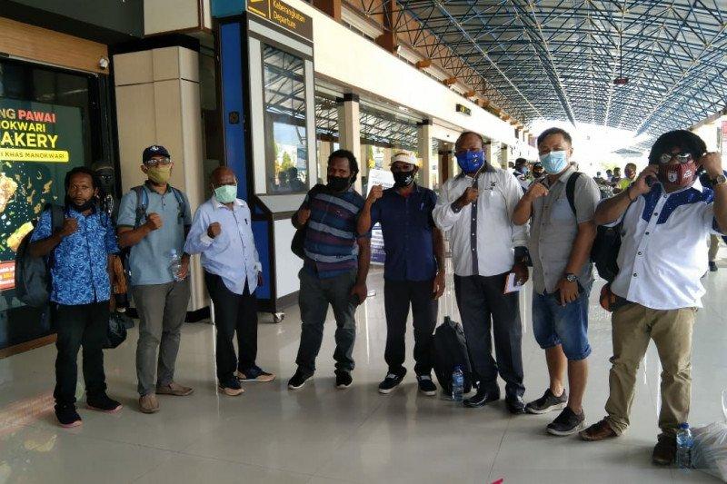 Calon Bupati Mamberamo Raya terapkan protokol kesehatan saat kampanye