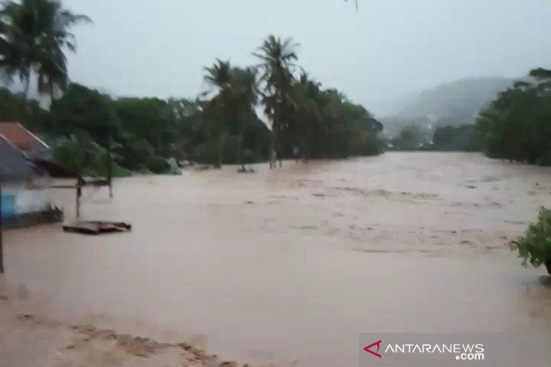 BNPB: 2.276 bencana alam terjadi sepanjang Januari hingga 17 Oktober