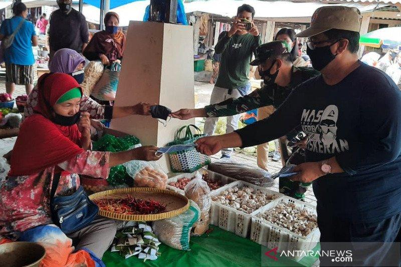 DIY membagikan satu juta masker bantuan BNPB