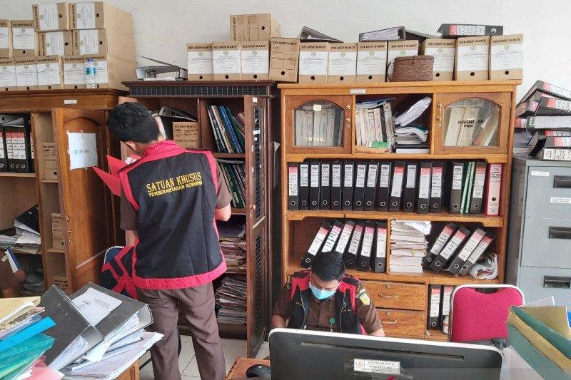 Kejati sita barang bukti pengalihan aset tanah di Manggarai Barat