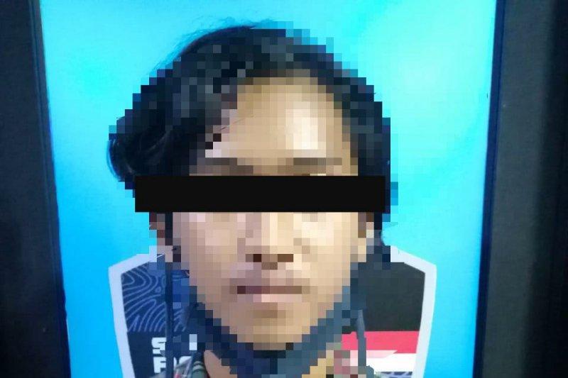 Pembuat grup Whatsapp isinya provokasi demo ditangkap polisi