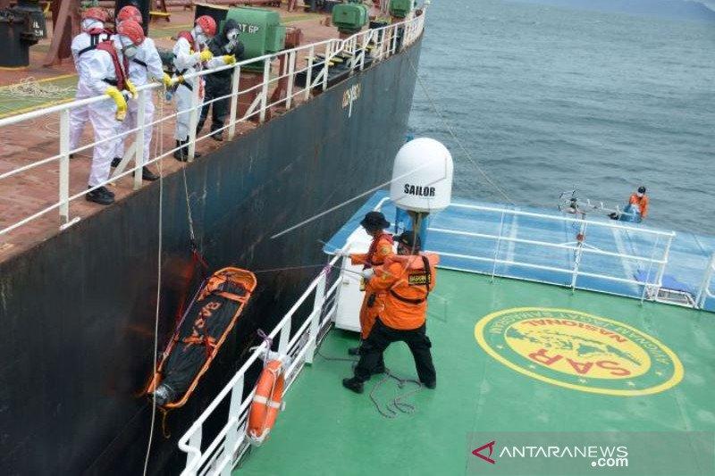 Evakuasi Jenazah ABK Tanker Di Laut Aceh