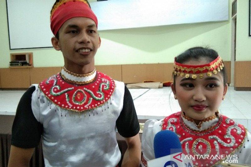 Dua mahasiswa UHO Kendari wakili Sultra pemilihan duta bahasa tingkat nasional