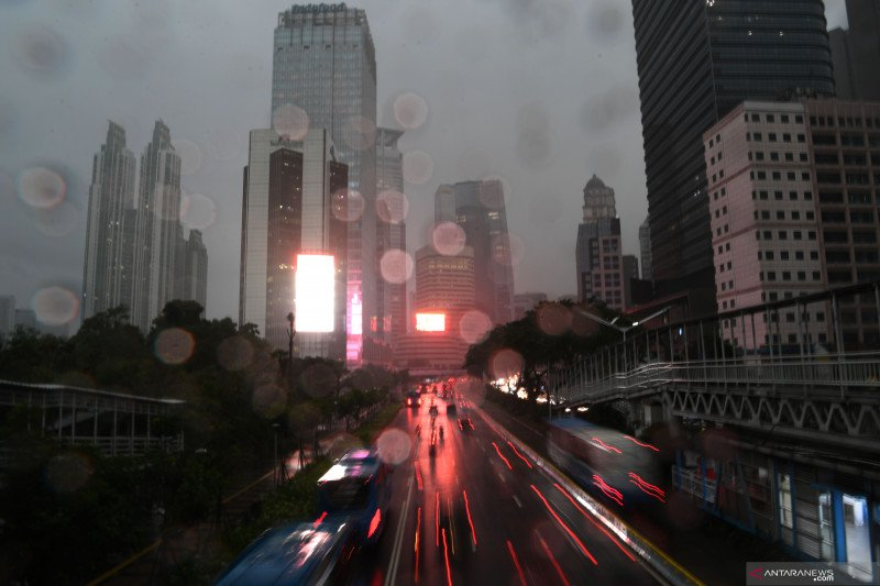 BMKG perkirakan wilayah Jakarta hujan sepanjang Senin
