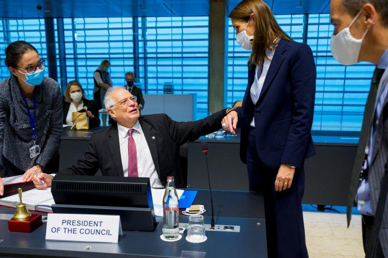 Menlu Austria, Belgia positif corona seusai hadiri pertemuan EU