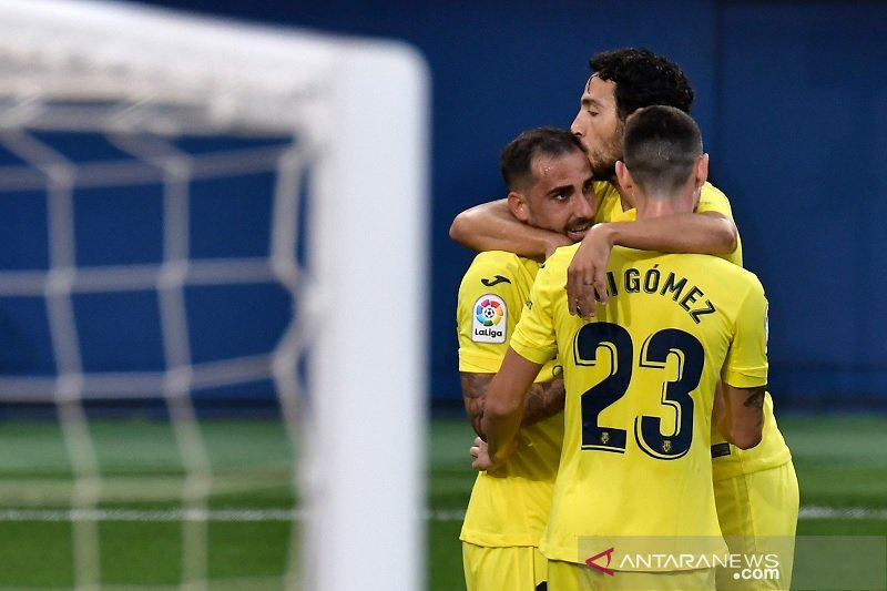 Villarreal naik ke puncak La Liga setelah tundukkan Valencia